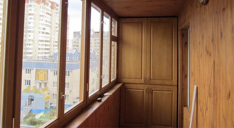 Деревянные окна. Вид изнутри